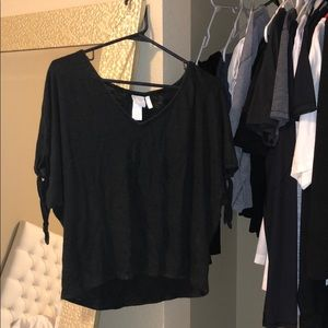 plain black v-neck shirt